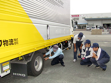 車両の通常点検要領研修