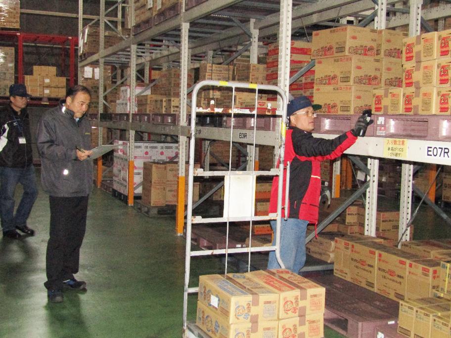 商品集荷の単独作業